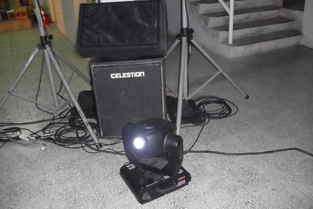 電腦燈出租 電話 or Line: 0923164665 台中頂尖燈光音響