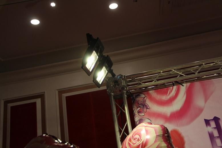 地燈出租 電話 or Line: 0923164665 頂尖燈光音響