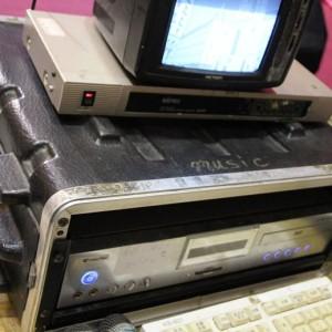 點歌機設備 / 音響設備 / 無線麥克風設備 卡拉ok套組出租,台中頂尖 電話&Line: 0923164665