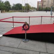 靈鷲山園遊會活動 紅龍伸縮圍欄柱出租運送 支援意林公關 (1)