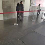 Costco 好市多 黑色購物節 紅龍排隊線圍欄 出租運送 (9)