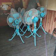唷嘻 海鮮燒烤餐廳 活動散熱用 電風扇 出租運送 (2)