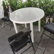 感覺實驗室 綠川小市集 戶外休閒白色塑膠圓桌 出租運送