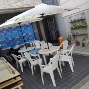 創意遊中華 塑膠休閒桌椅組 9尺陽傘組 出租運送(9)