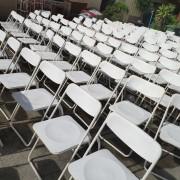 白色摺疊椅 出租運送 (1)