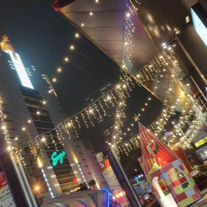 金典綠園道商場 聖誕活動 騎樓 走道佈置 冰條燈 串燈 月租施工 (7)