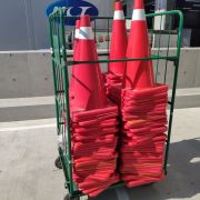 Costco 北台中店 開幕活動 停車場規劃用 交通錐 三角錐 連桿 出租運送 (14)
