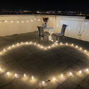 頂樓 燭光晚餐求婚 串燈愛心圖型排列 活動場地佈置 出租 (3)