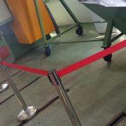 地天泰酵素工廠啟用典禮活動 紅龍伸縮圍欄 走到地毯 主題背板 啟動儀式3d球 燈光音響 出租搭設 (1)